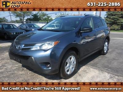 2013 Toyota RAV4 LE in Copiague