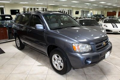 2006 Toyota Highlander in Burbank