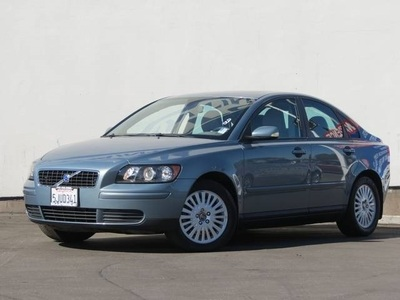 2004 Volvo S40 2.4i in Long Beach