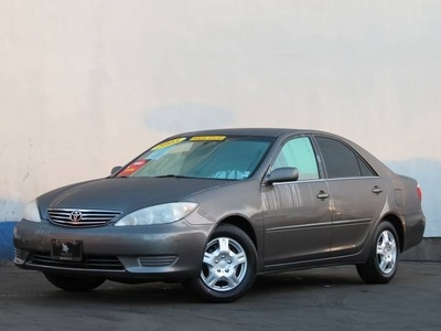 2005 Toyota Camry LE in Long Beach